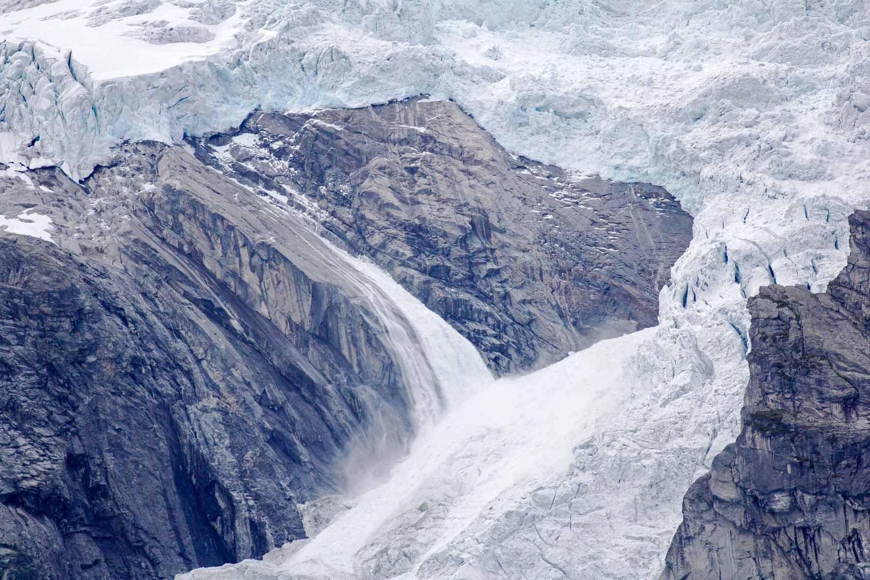 Eisfall am Austerdalsbreen