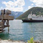 Sprungturm Fähre Kaupanger am Sognefjord