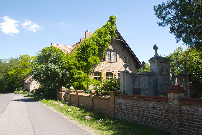 Lünow