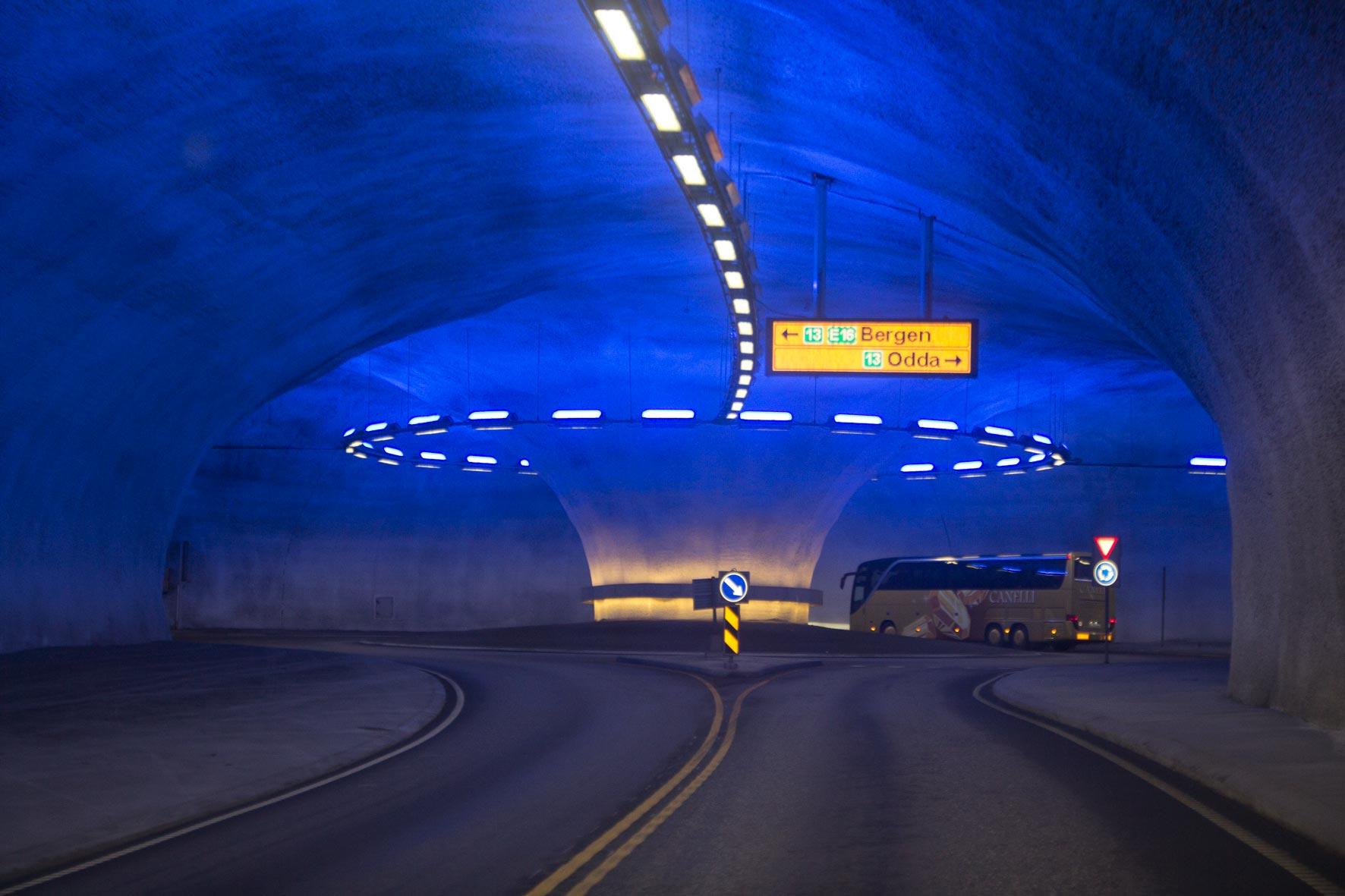 Kreisverkehr im Vallaviktunnel