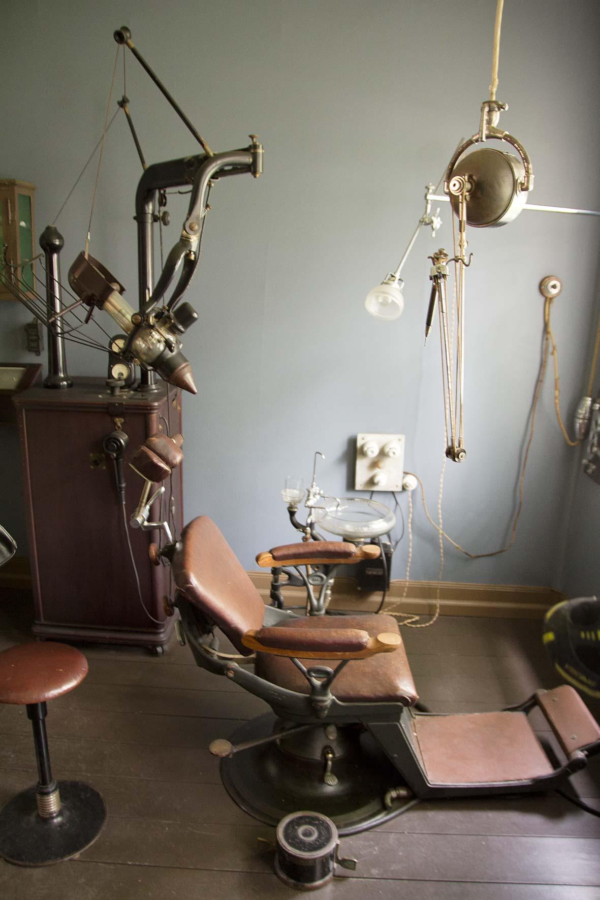 Alte Zahnarztpraxis in Gamle Bergen